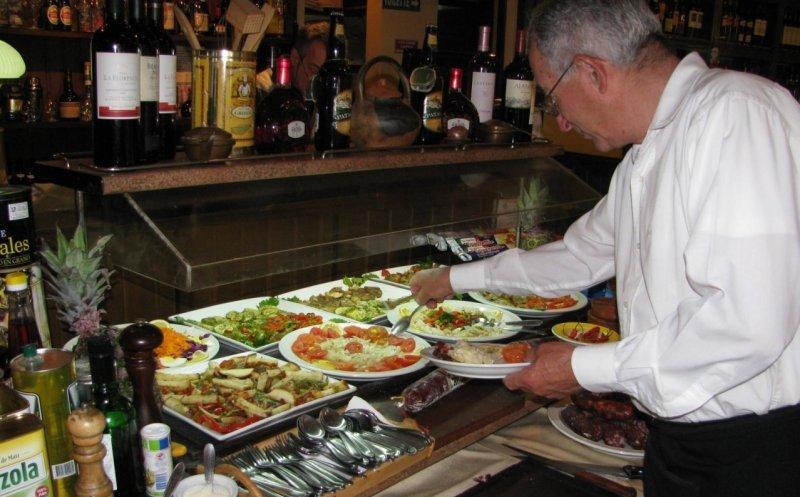 Los restaurantes presentan el mayor trabajo no registrado de la costa argentina.