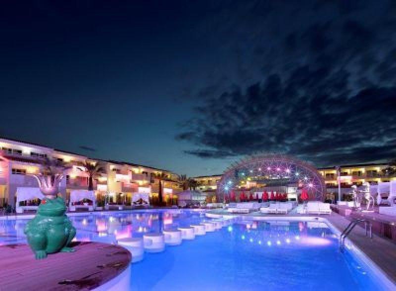 La compañía destaca que la marca Ushuaïa será una buena apuesta para saltar al continente americano. En la imagen: Ushuaïa Beach Hotel.