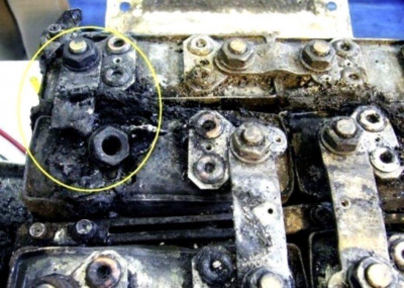 La causa del calentamiento interno de la batería de iones de litio concentra las investigaciones (Foto: AFP).