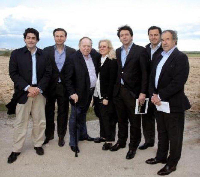 El presidente de Las Vegas Sands, Sheldon Adelson, en su visita a los terrenos de Alcorcón.