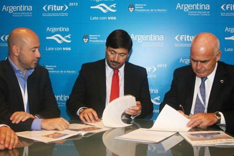 Argentina cierra acuerdo con laCuartaIsla para atraer más turistas españoles.
