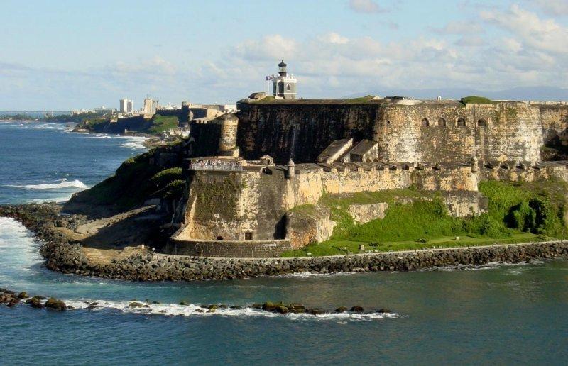 Puerto Rico estudia aliarse con estados del Caribe para promover el turismo.