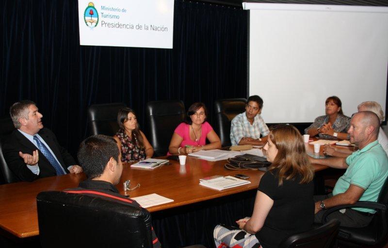 Argentina: universidades y el MINTUR planifican actividades de formación turística.