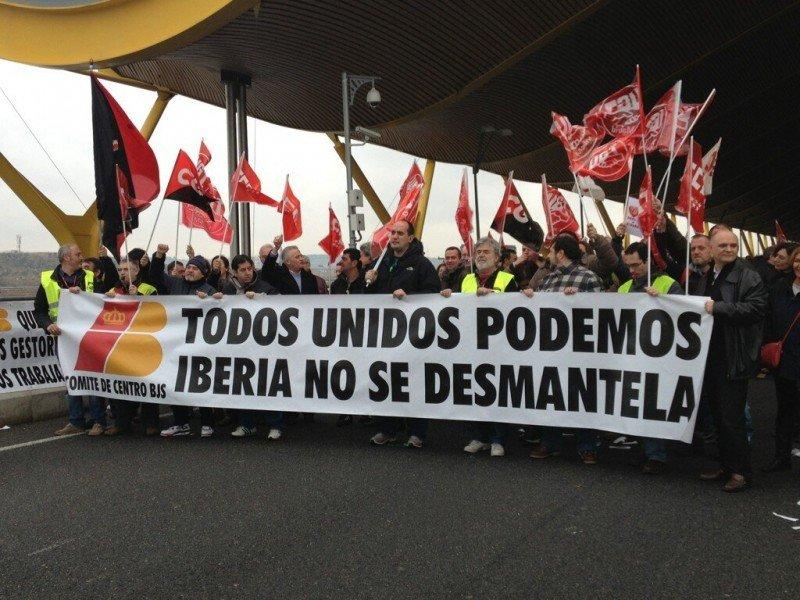 Tripulantes de Iberia quieren una mediación 'realista' e 'insatisfactoria' para ambas partes