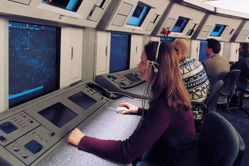 El inglés exigido a los controladores aéreos ya puede ser certificado por Aprocta