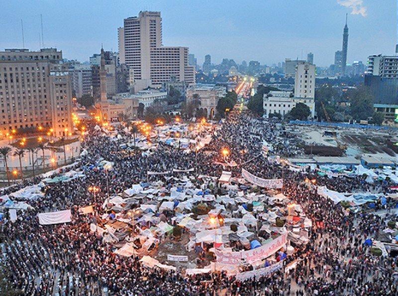 Manifestaciones en el centro de El Cairo, Egipto. Imagen: Wikimedia Commons.