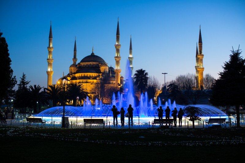 En Estambul abrirán sus puertas los dos nuevos hoteles gestionados por Rotana y el Mama Shelter Estambul. #shu#