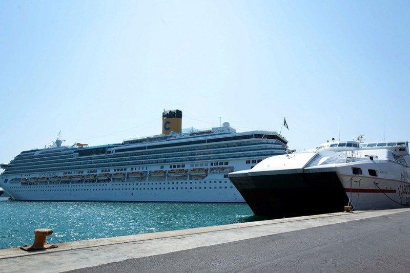 Barcelona espera recibir 2,6 millones de cruceristas en la temporada 2013