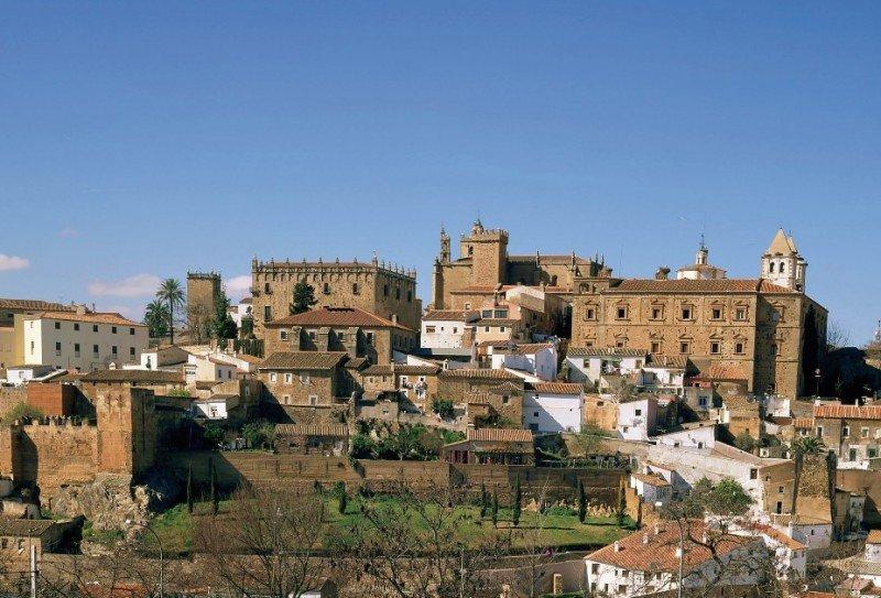 Cáceres es una de las 13 Ciudades Patrimonio de España.