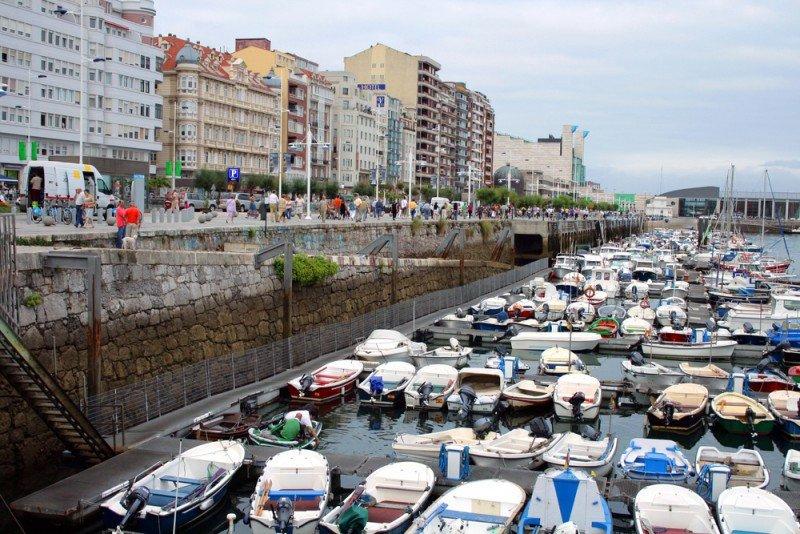 Cantabria contará con más de 800.000 € de ayudas al turismo. #shu#