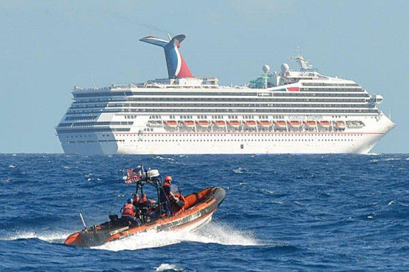 El Triumph anduvo a la deriva varios días.