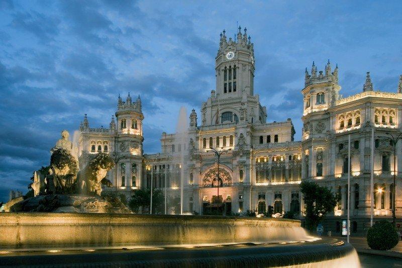 Madrid recibió casi un 10% más de viajeros rusos en 2012.