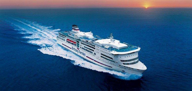 Cantabria instalará una oficina de información turística flotante en un ferry británico.