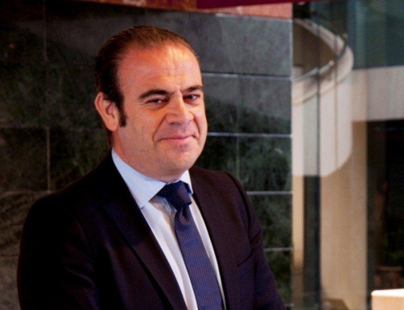 Gabriel Escarrer Jaume confía en cumplir el compromiso de reducción progresiva de la deuda de la compañía en 2013 y 2014.