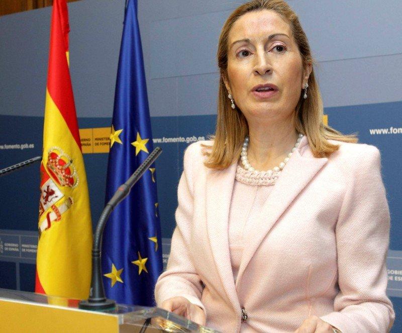 Las 'líneas rojas' que la ministra de Fomento pasa por alto
