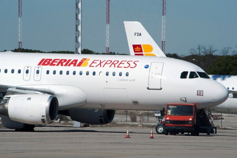 Iberia Express: cuarta operadora de Madrid-Barajas en su primer año de actividad, con 2,8 millones de pasajeros transportados.