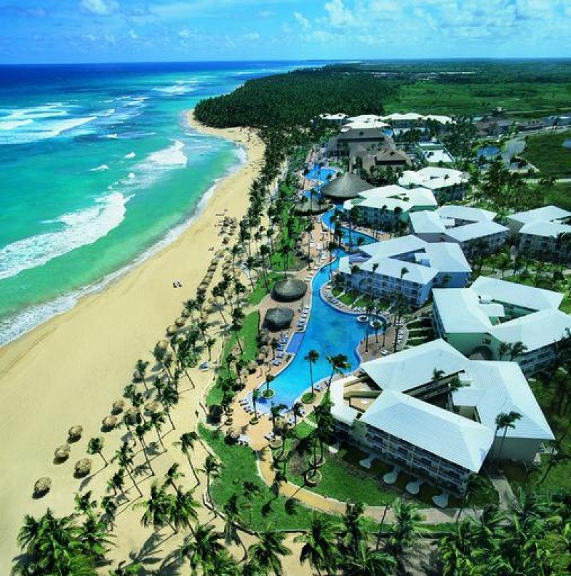 Sunwing invertirá 31,1 millones en dos hoteles en Punta Cana
