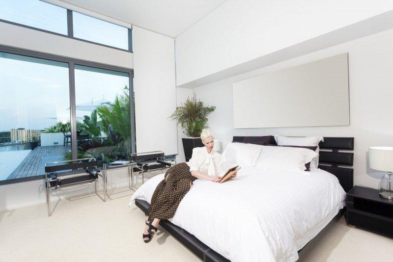 ¿Las necesidades de una mujer en una habitación de hotel son realmente tan diferentes de las de un huésped masculino? #shu#