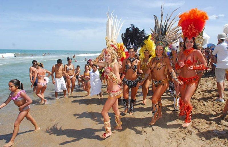 Por los carnavales, febrero cierra con un crecimiento del 5%.