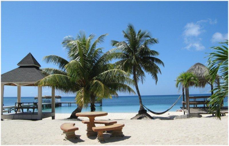Honduras espera más dos millones de turistas en Semana Santa.