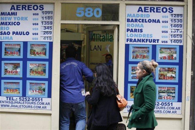 Banco Central realiza inspecciones en agencias de viajes de Argentina.