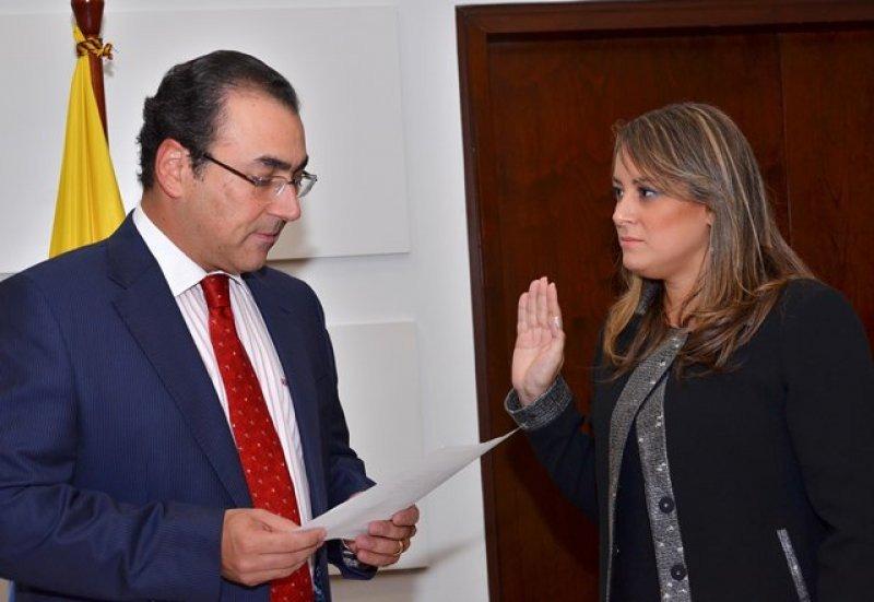 Ministro de Comercio, Industria y Turismo le tomó juramento a Tatyana Orozco.