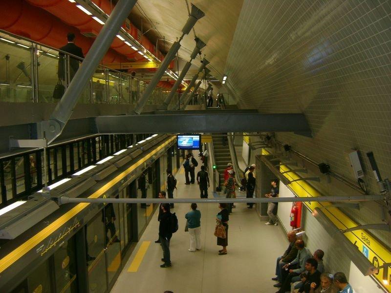 Pasajeros podrán adquirir pasajes y paquetes en la red de subterráneos