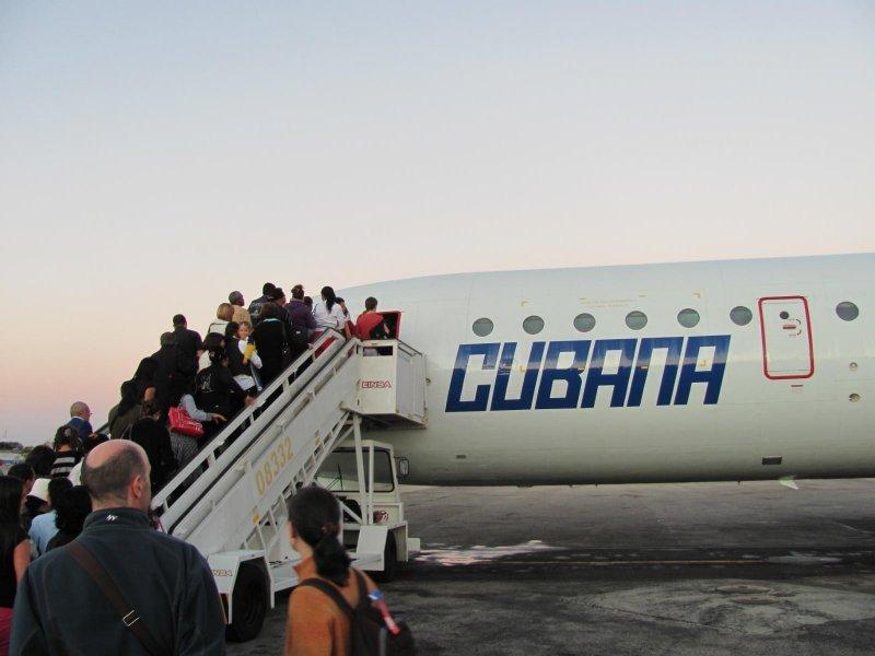 Turistas uruguayos podrían tener a su disposición un vuelo sin escalas a La Habana