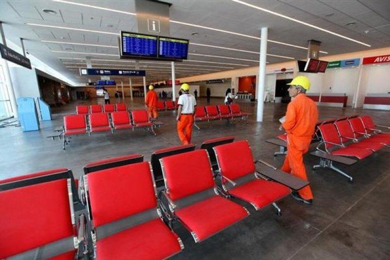 La nueva terminal suma 34 puestos de migraciones y 20 de check in.