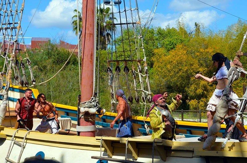 Isla Mágica despedirá a 17 trabajadores y seis directivos.