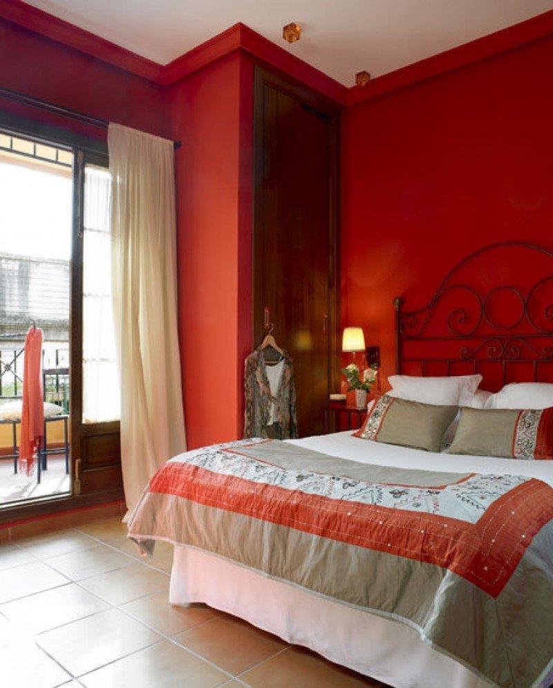 La Casa del Maestro es un hotel boutique de 11 habitaciones ubicado en una típica casa-palacio del siglo XIX.