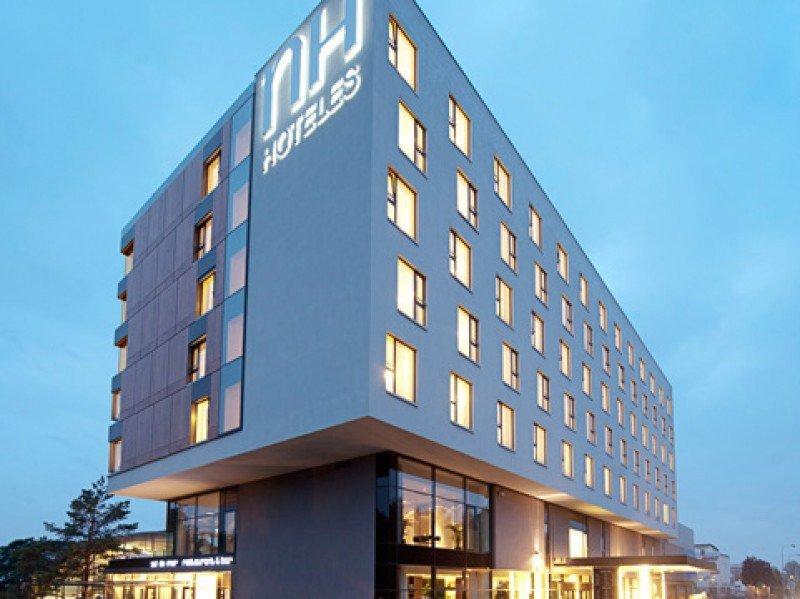 UGT y CCOO desconvocan la huelga en NH Hoteles