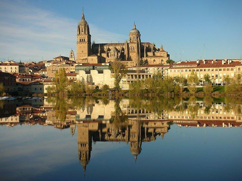 Castilla y León recibió más turistas de Canadá y EEUU.