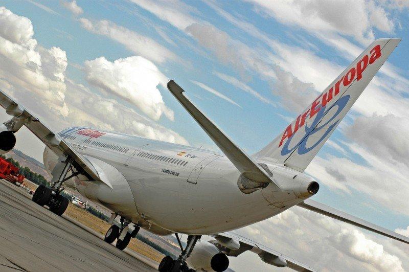 """""""Fraude de ley' en la inaplicación del convenio de los TCP de Air Europa, según sindicatos"""