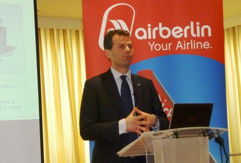 """""""Las tasas aeroportuarias pueden ser la diferencia entre ser rentables o no"""", afirma Paul Verhagen"""
