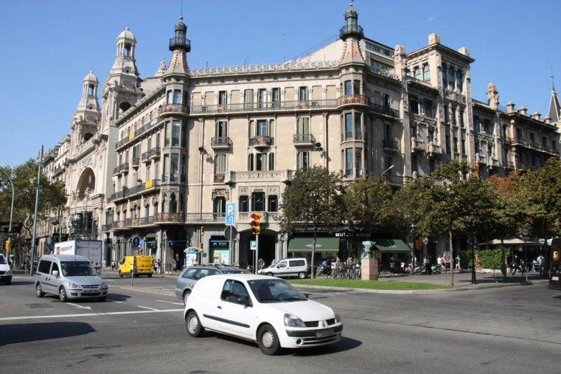 Ante la crisis, viajes más cortos por España sin paquete y en coche. #shu#