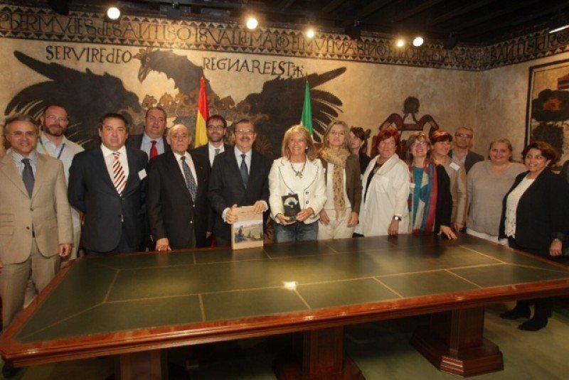 La asociación OPCE Cantabria viaja a Marbella.
