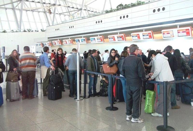 Ranking de las cosas que más molestan a los pasajeros en los aeropuertos