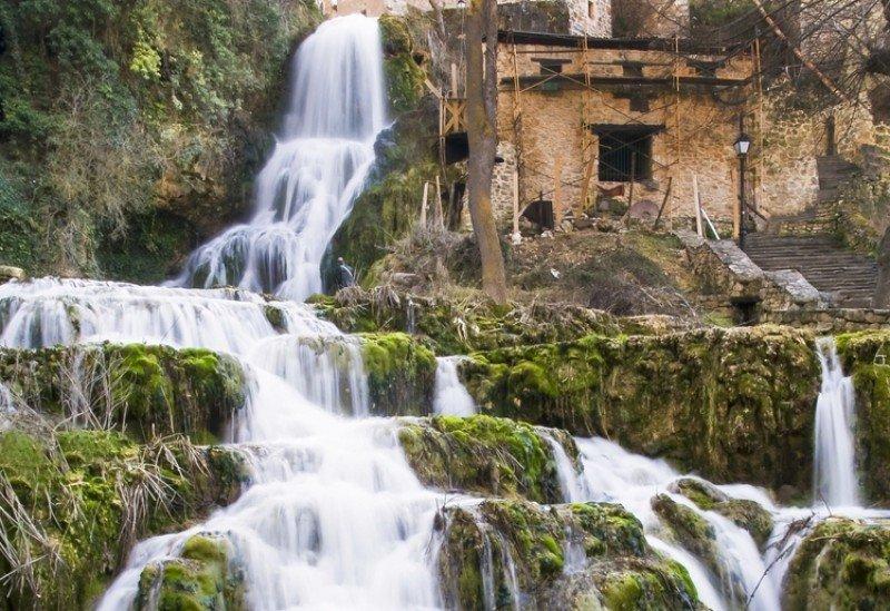 Enoturismo, congresos y balnearios: ejes para revitalizar el turismo de Burgos. #shu#