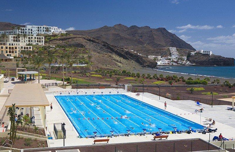 Las instalaciones de Playitas Resort, como la piscina olímpica, ofrecen a equipos deportivos y atletas la posibilidad de entrenar fuera de temporada.