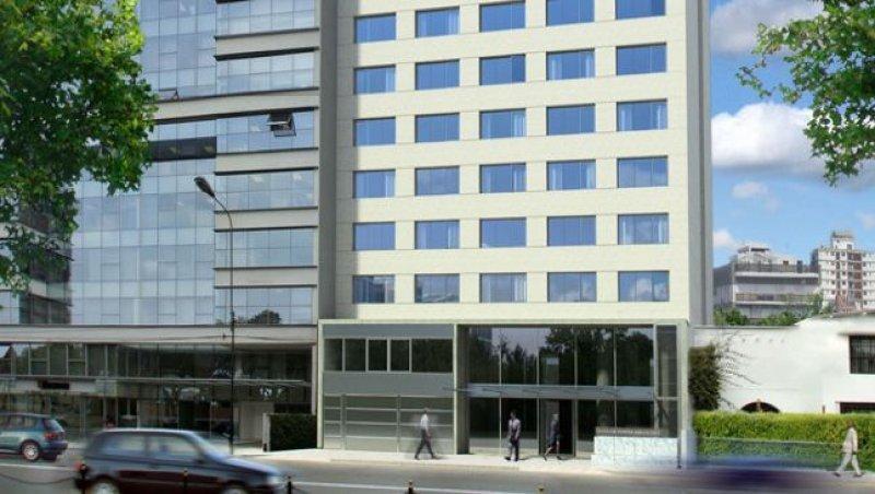 El hotel está orientado al segmento corporativo.