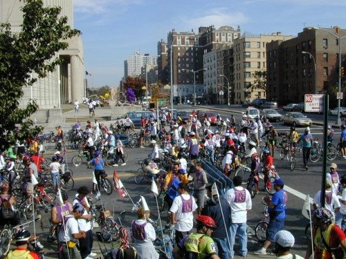 Tours en bicicleta, una de las alternativas en el Sur del Bronx