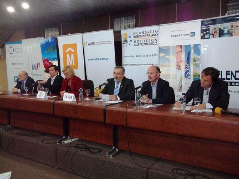 AHRU lanzó el congreso que espera a 250 profesionales del sector