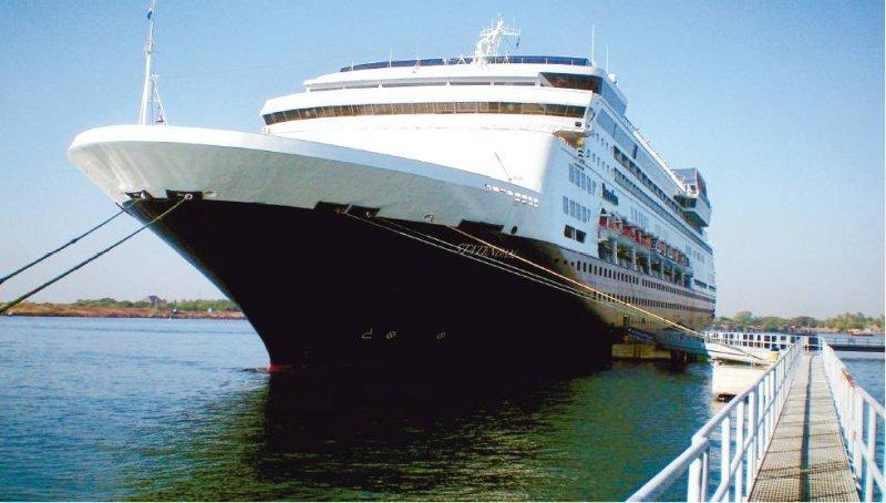 Entre los proyectos se encuentra crear una terminal de cruceros en la costa atlántica de Guatemala.