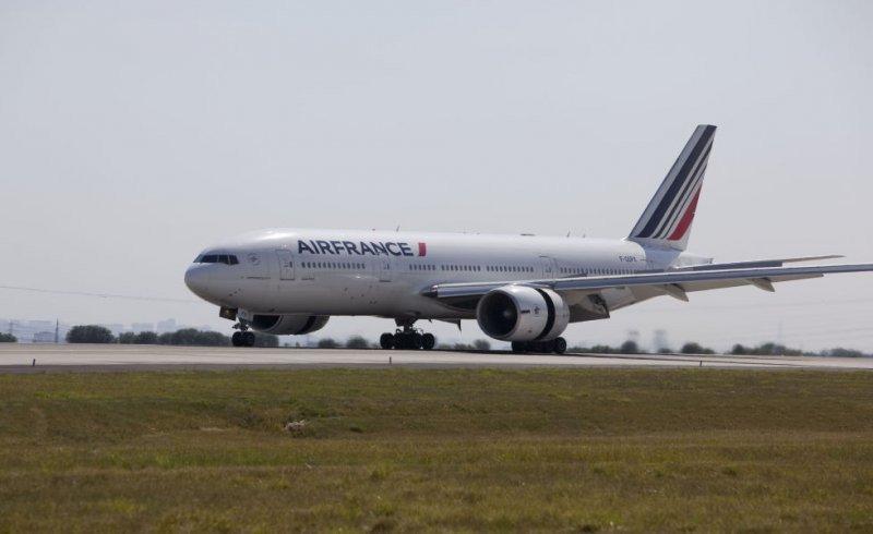 El miércoles 17 se hará el bautismo del primer vuelo París-Montevideo