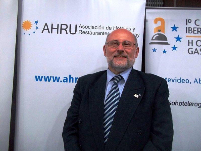 Juan Martínez, presidente de AHRU