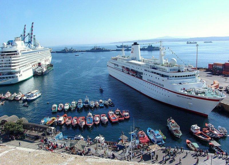Aumenta un 44% el arribo de turistas de cruceros en Chile.