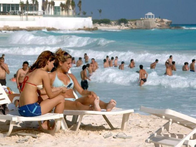 Los brasileños gastan más que los turistas de Estados Unidos y Canadá