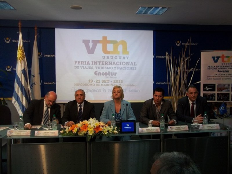Lanzamiento de la feria VTN en el Ministerio de Turismo