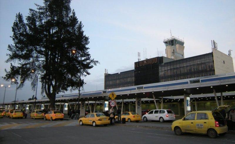 El nuevo aeropuerto será alternativo a El Dorado, para mejorar el tráfico aéreo de Bogotá.
